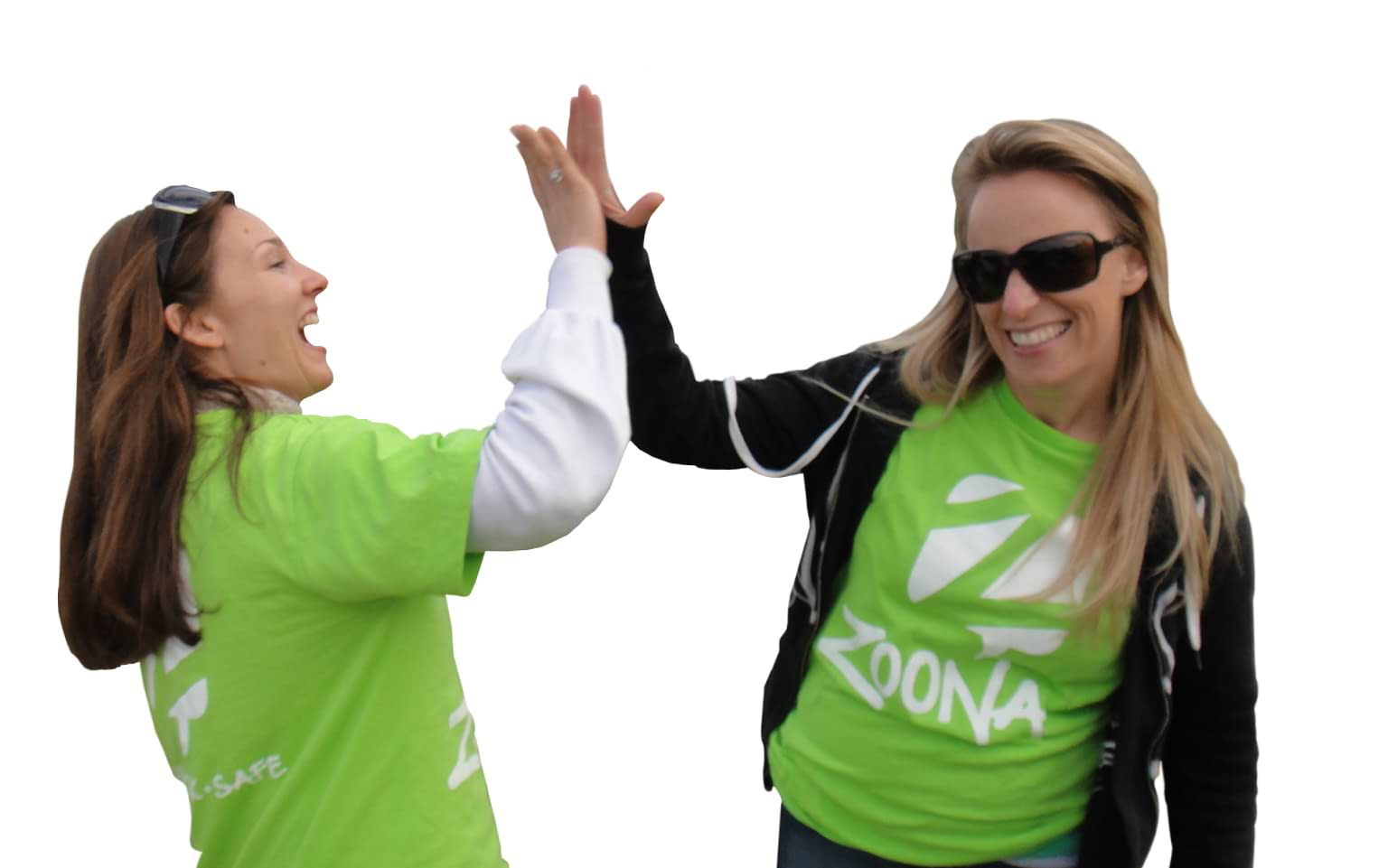 A High-Five Between Two Zoona Team Members